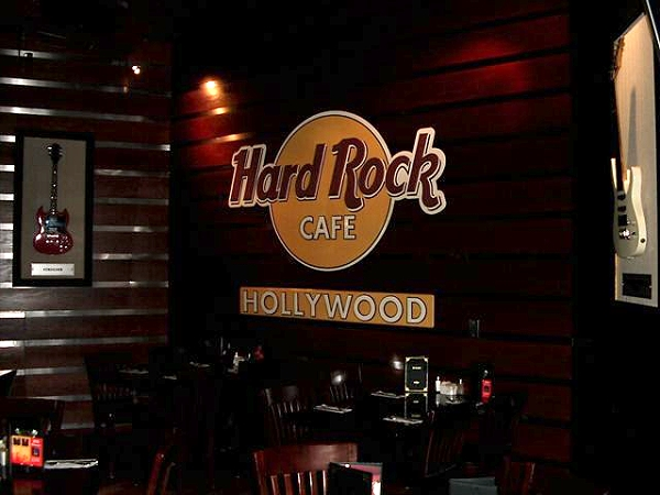 hardrock cafe hollywood fl