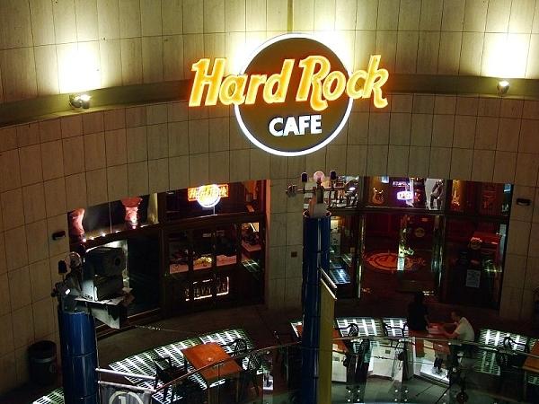 Hard Rock Cafe St Julian S Malta